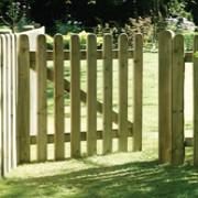 Elite Round Top Picket Gate